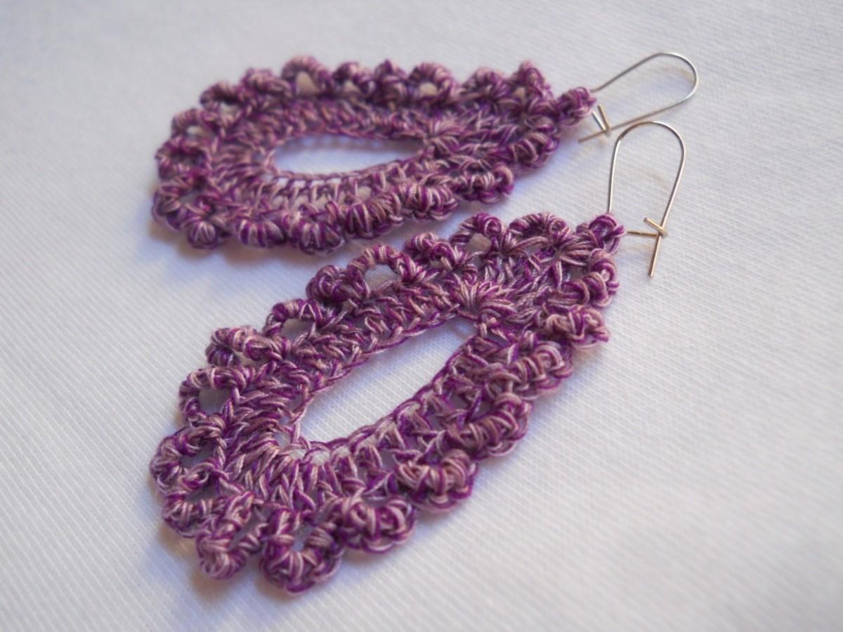 Teardrop Earring #5 in purple-lavender-cream mix