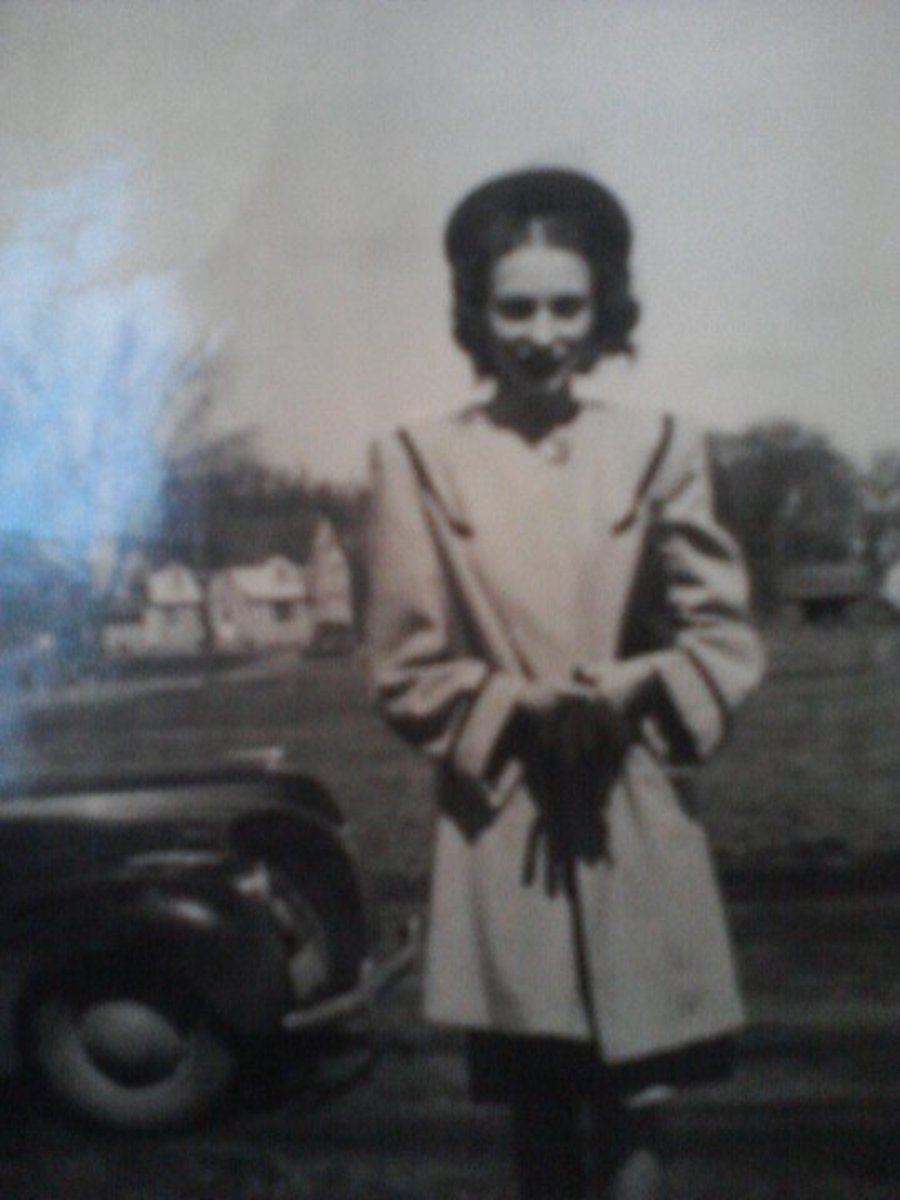 Mom in Elma, Iowa--she was young.16 year old.