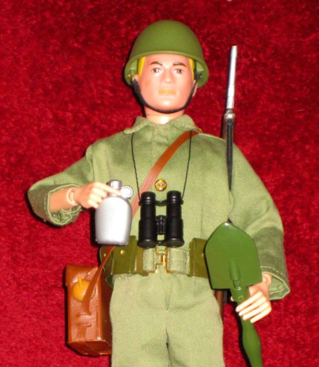 G.I. Joe's hands were designed so that they could actually hold his gear.