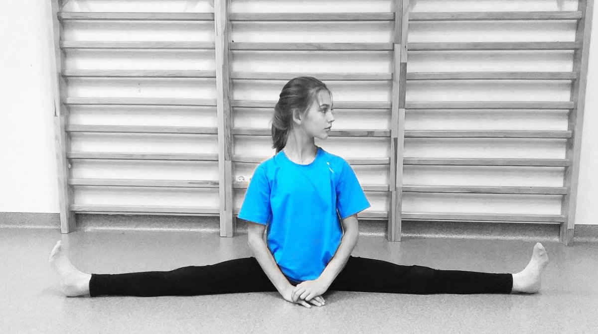 Learn How to Do the Splits in One Day (For Beginners)
