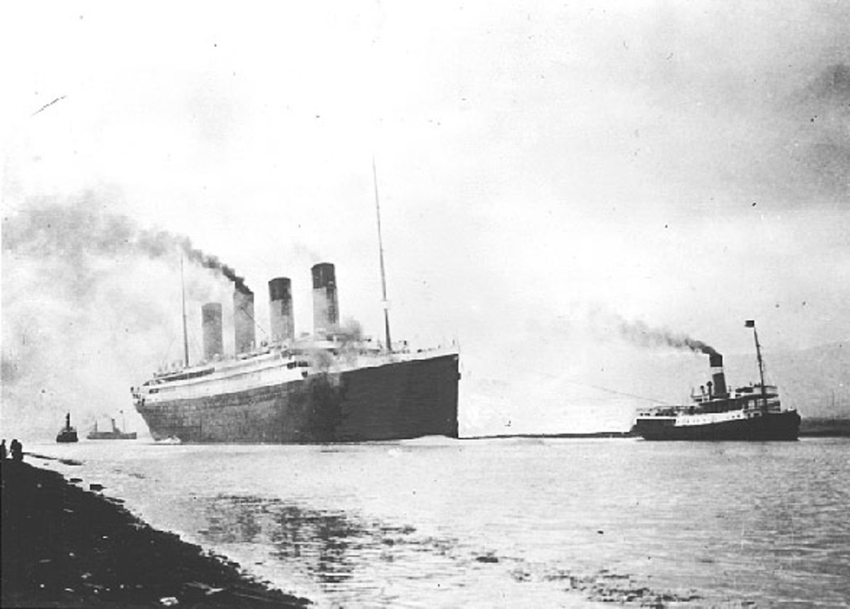 public domain. See: http://commons.wikimedia.org/wiki/File:RMS_Titanic_sea_trials_April_2,_1912.jpg