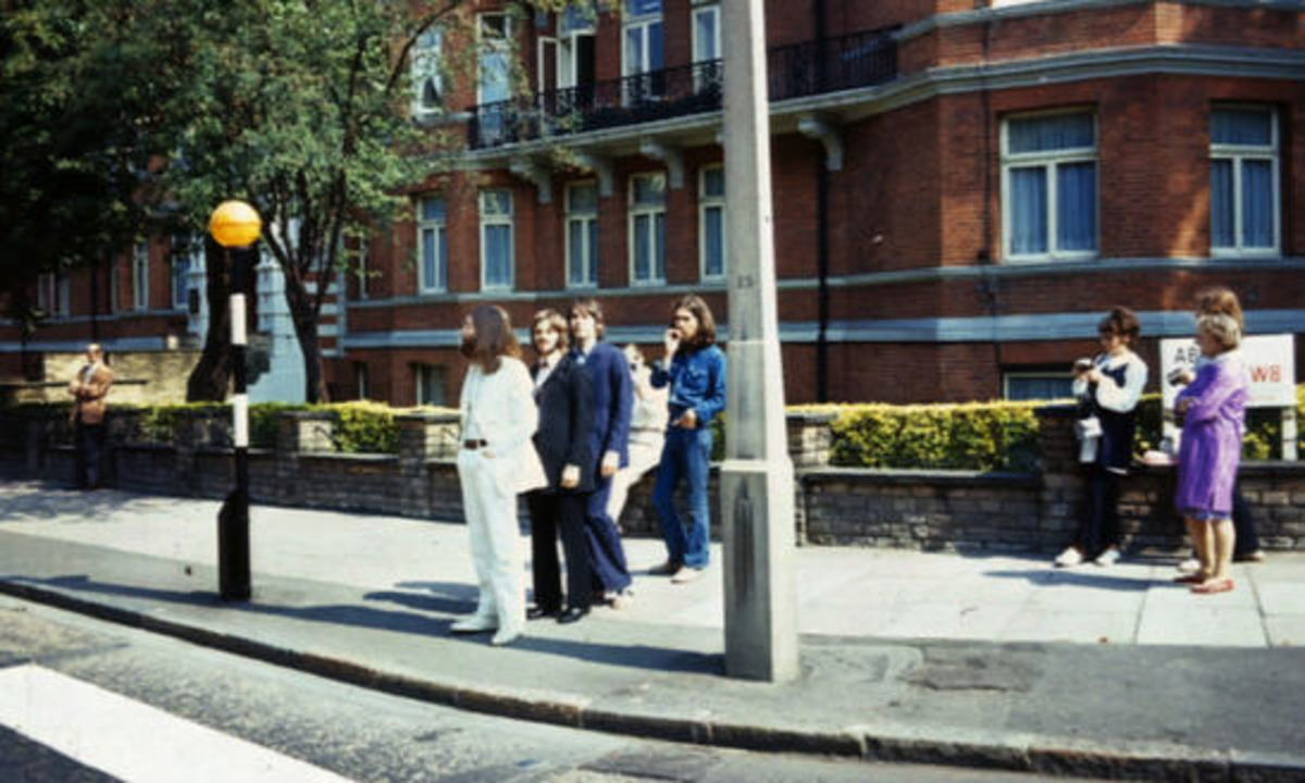 """Beatles waiting for the """"Go"""" signal to walk across"""