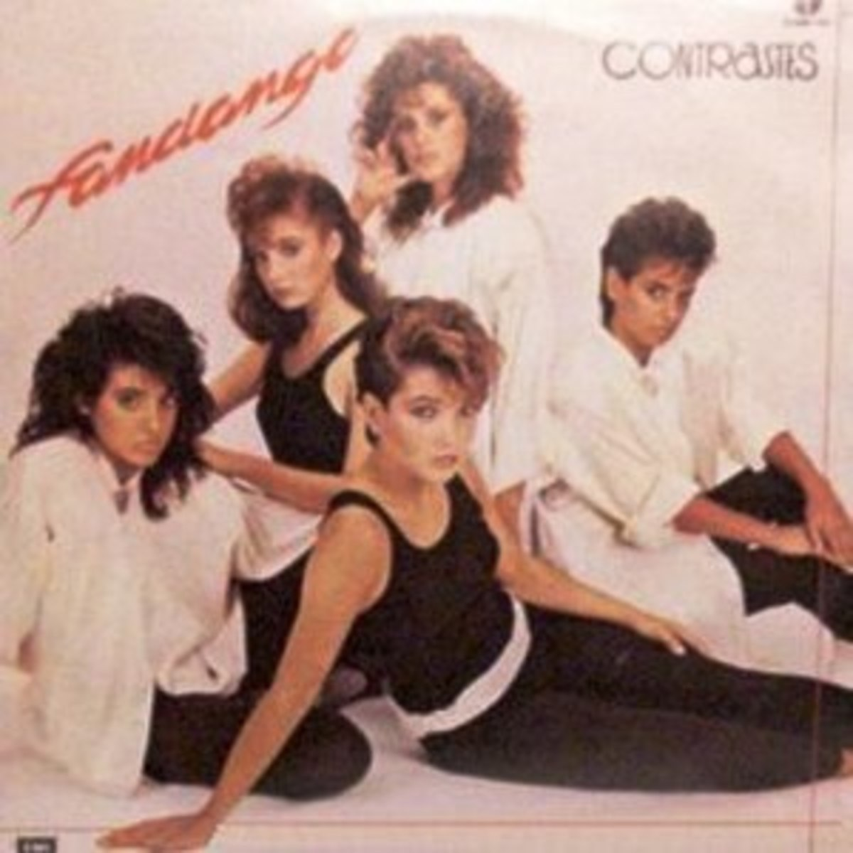 Contrastes the groups first LP which was only released in Monterrey, Mexico in 1985.