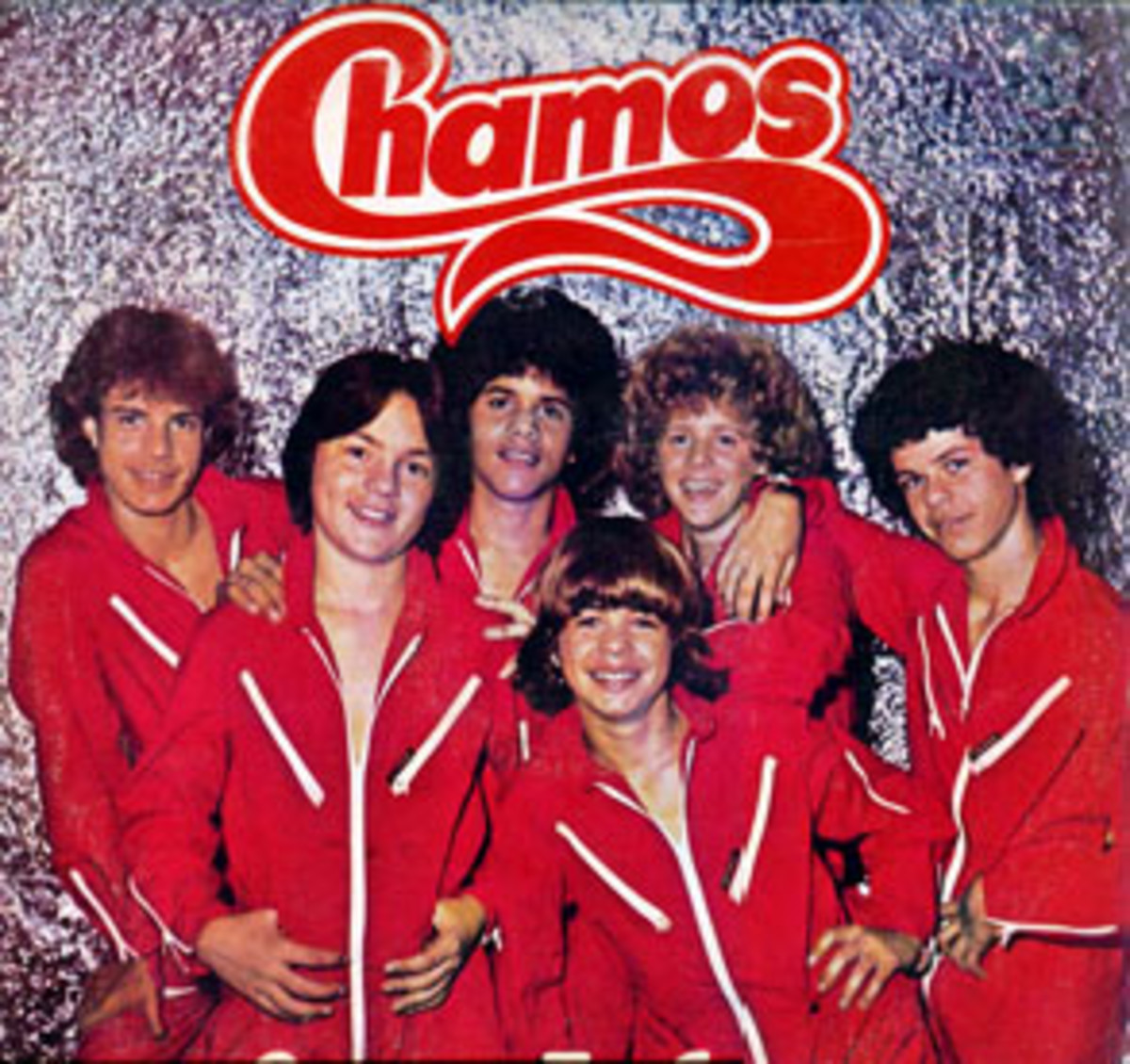 """Los Chamos second studio album released in 1982. It contains the hit song """"Canta Chamo"""" (Cover of Crazy Song)."""