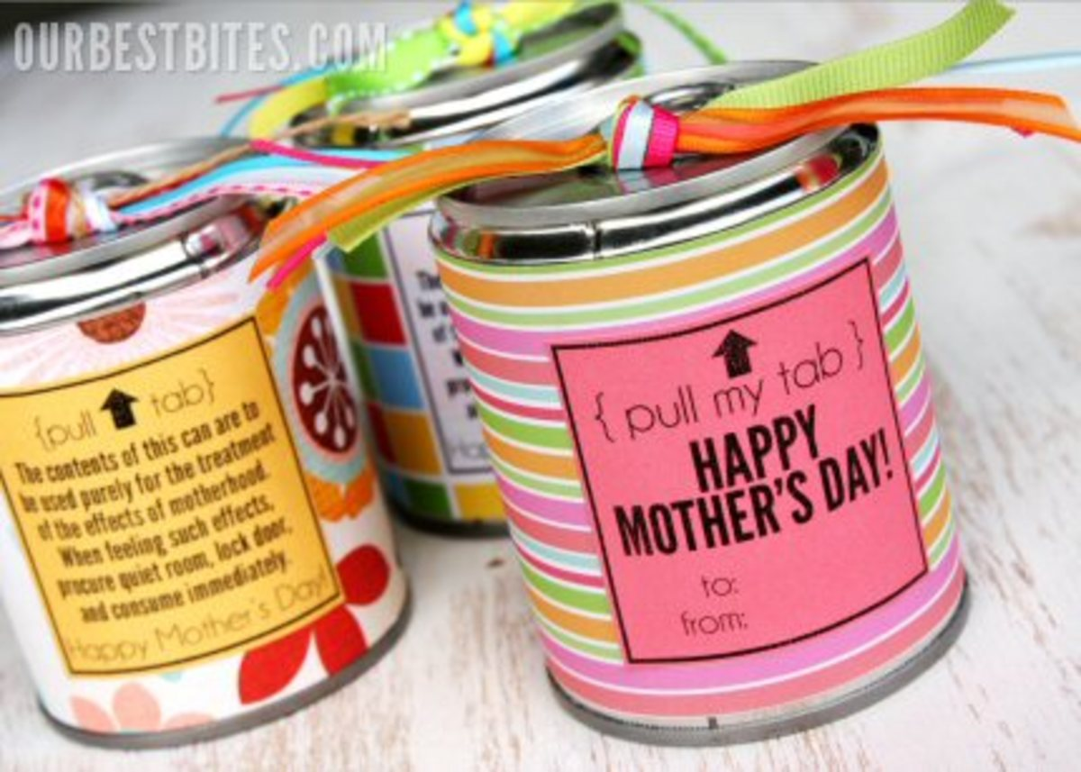 Mother's Day Free Printables: Cards, Coupons, Coloring Pages, Cupcake Toppers, and More