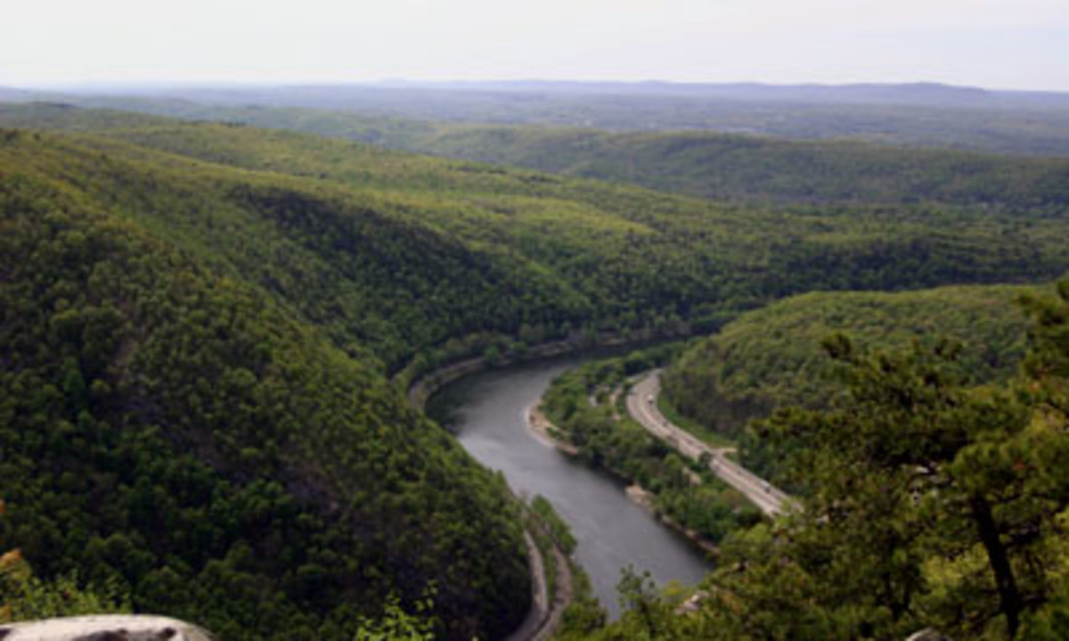 The Kittatinny Ridge forms part of the border between New Jersey's border with Pennsylvania in the Northwestern corner of the state.