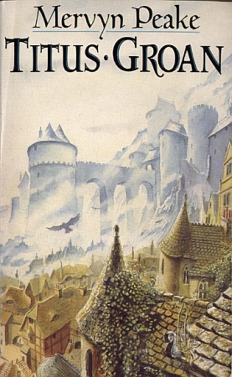 Titus Groan ( Book 1 of Gormenghast Trilogy)