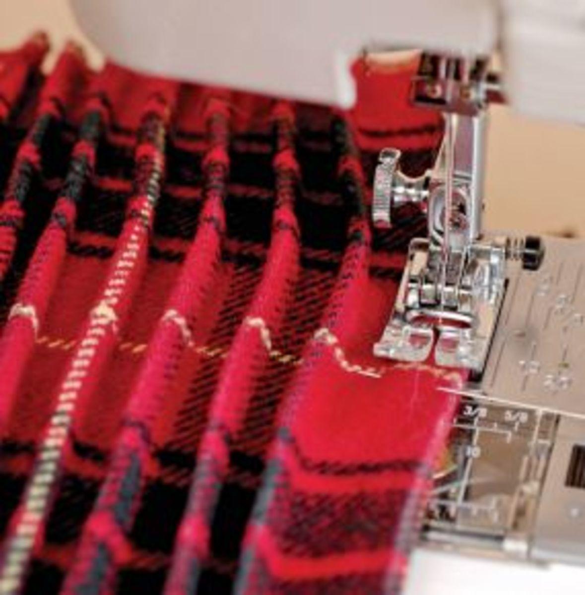how-to-sew-tucks