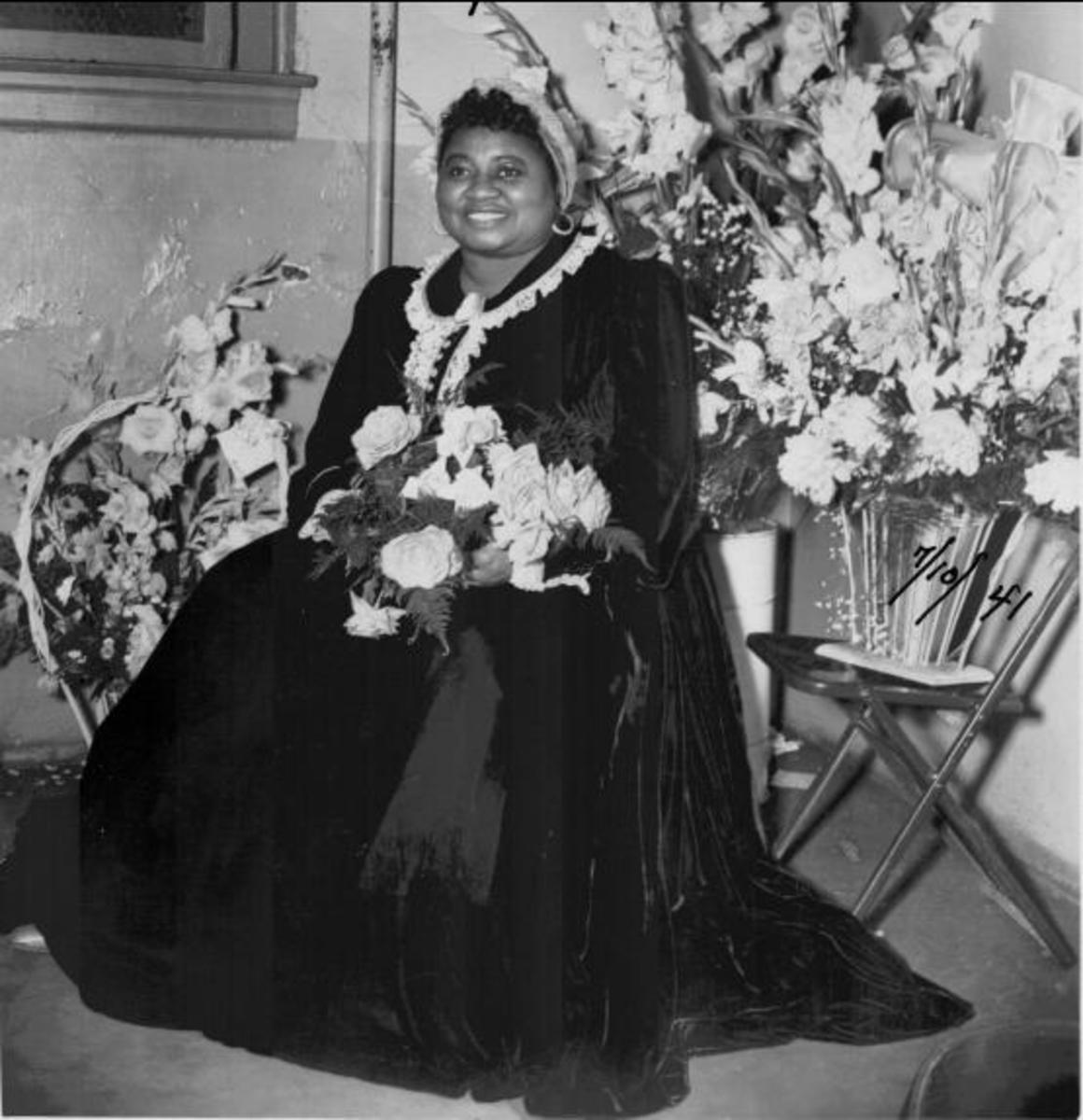 Hattie McDaniel was the first African-American to win an Academy Award. She won for her performance of Mammy in the classic film Gone with the wind in 1941.