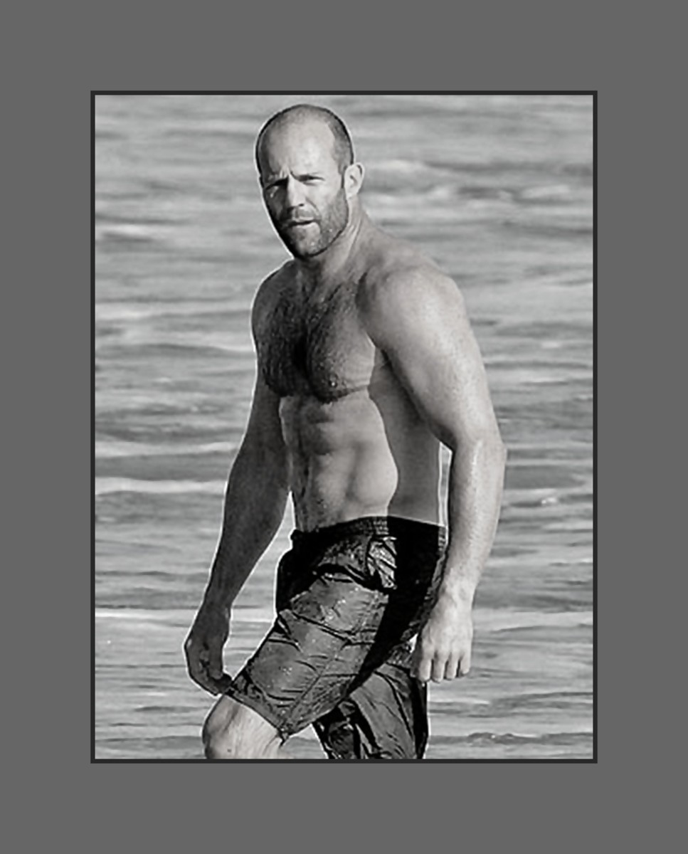 John Stathan's buzz cut hairstyle compliments his rough and touch movie roles.  He looks hot with his buzz cut, wet swim trunk and nothing else. - 2013 Hairstyles for Men with Balding Thinning Hair Style Cuts Trends