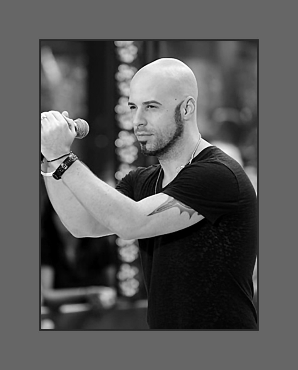 Rocker Chris Daughtry rocks with his bold and bald look. - 2013 Hairstyles for Men with Balding Thinning Hair Style Cuts Trends