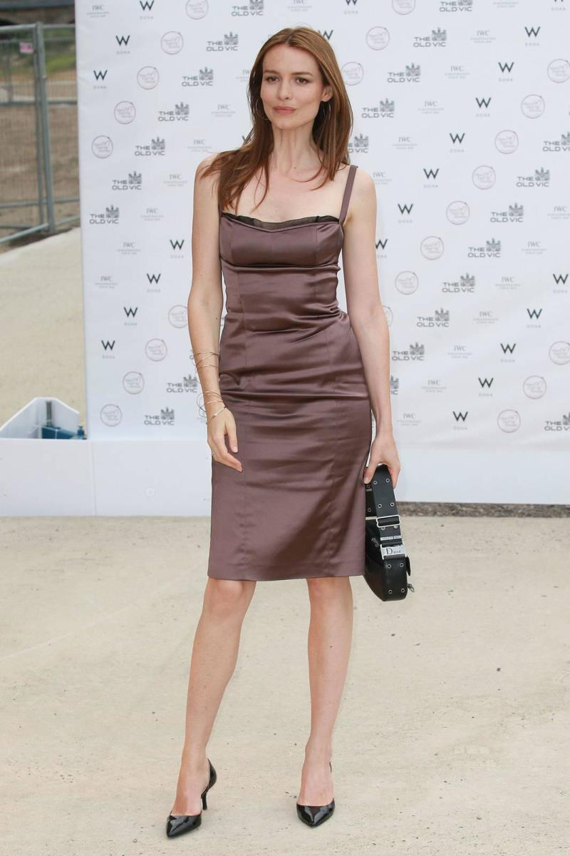 Skinny Saffron Burrows - Why Are Rich Women Thin?