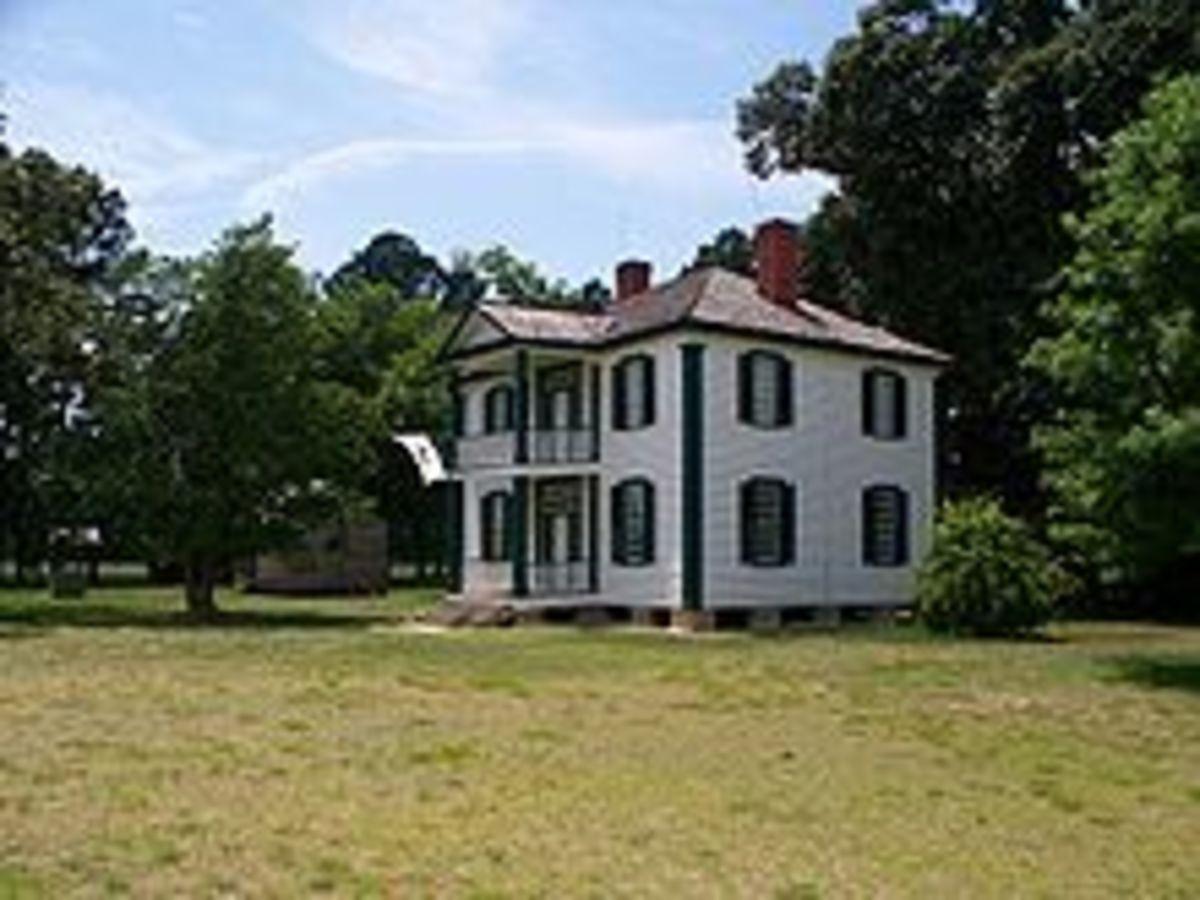 Haunted Battlefields: Bentonville- King's Mountain- Chickamauga- The Alamo