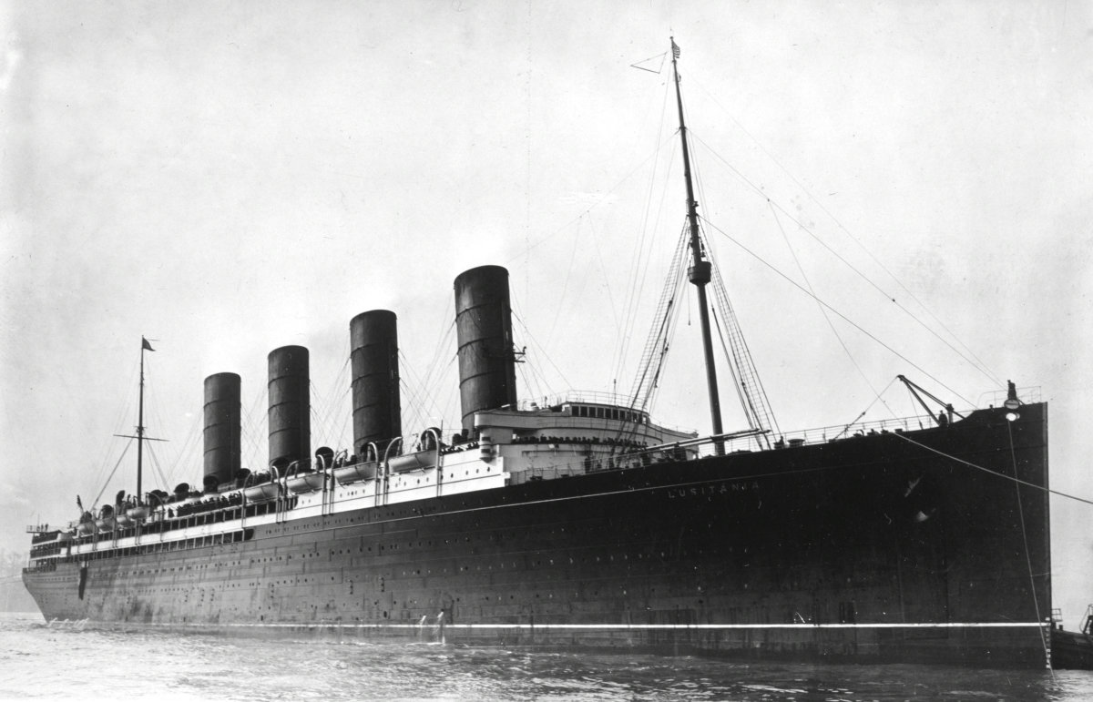 Lusitania in 1907.