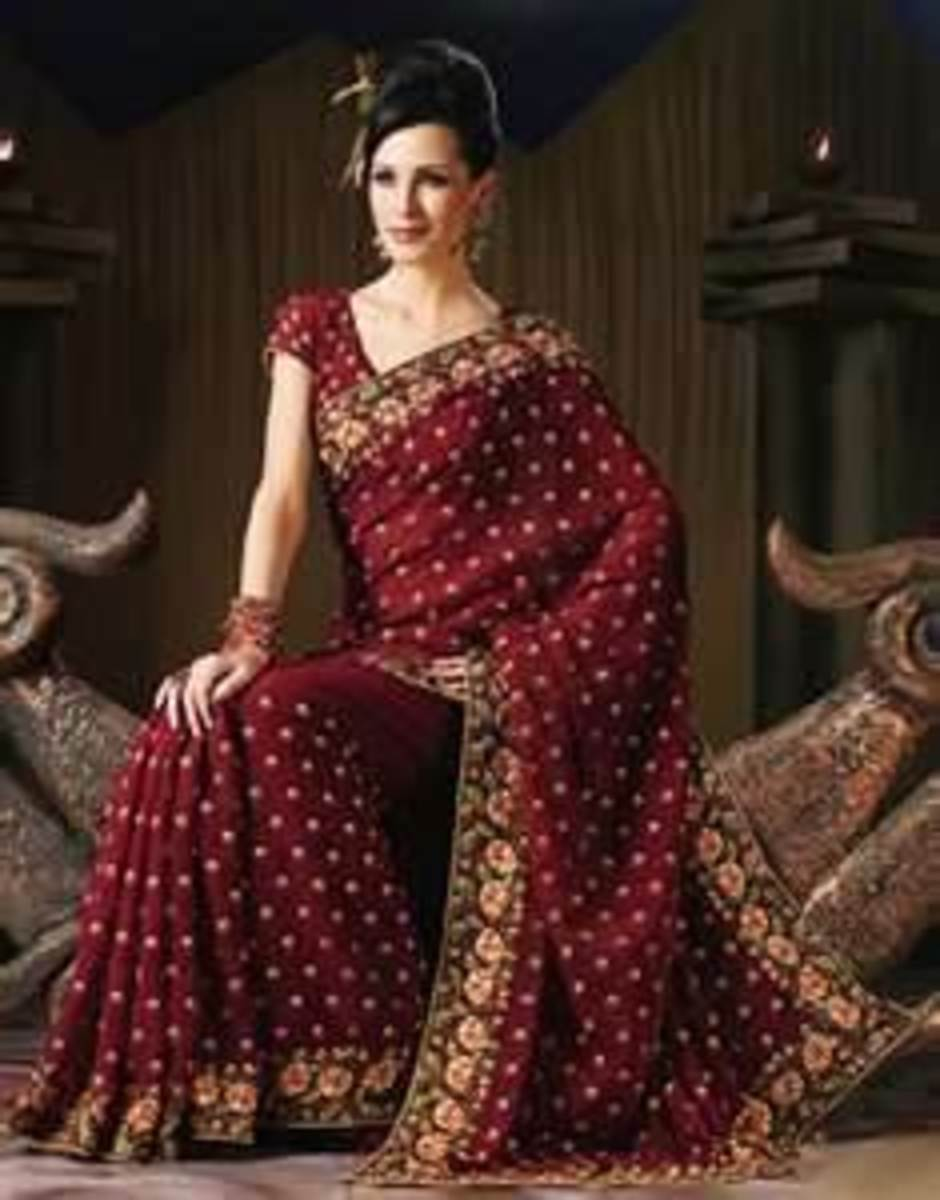 How To Put On An Indian Sari (Saree)