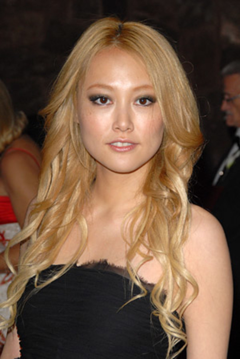 Blonde Asian Celebrities