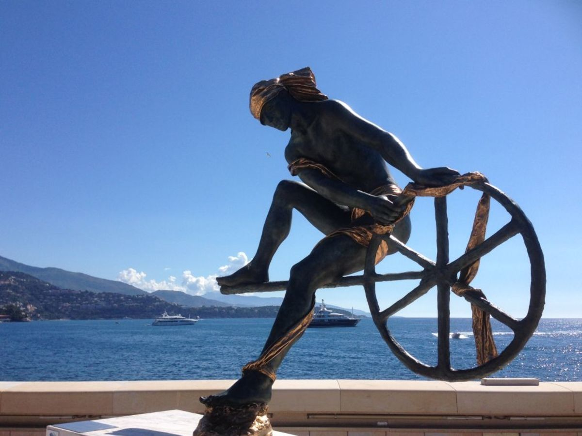 Looking out over the bay of Monte Carlo towards Cap Martin is Ulysses, a sculpture by Anna Chromy.