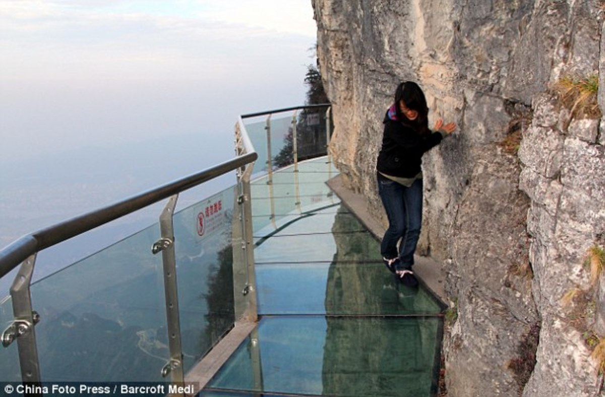 High Altitude Tourism: 6 Scary Skywalks