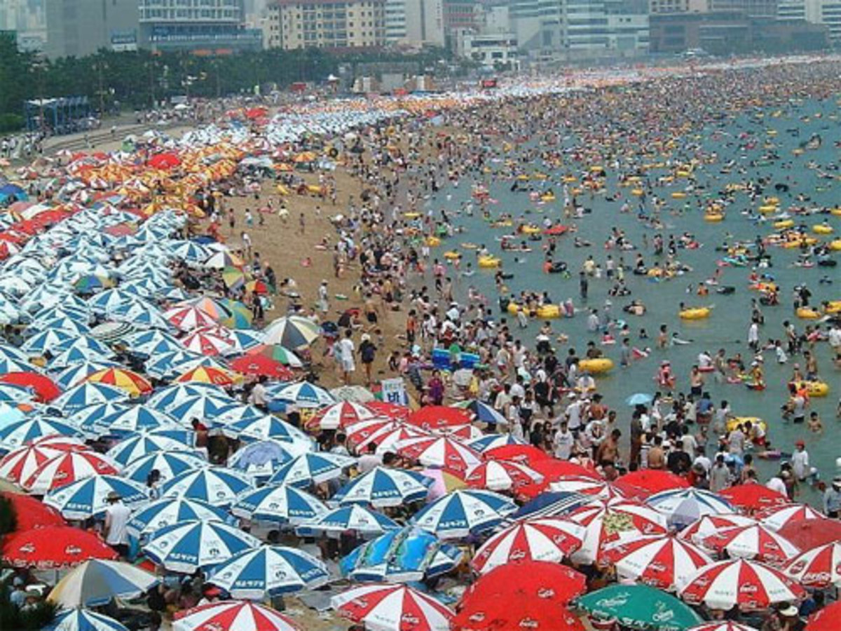 A relaxing weekend on one of South Korea's many beautiful, serene beaches.