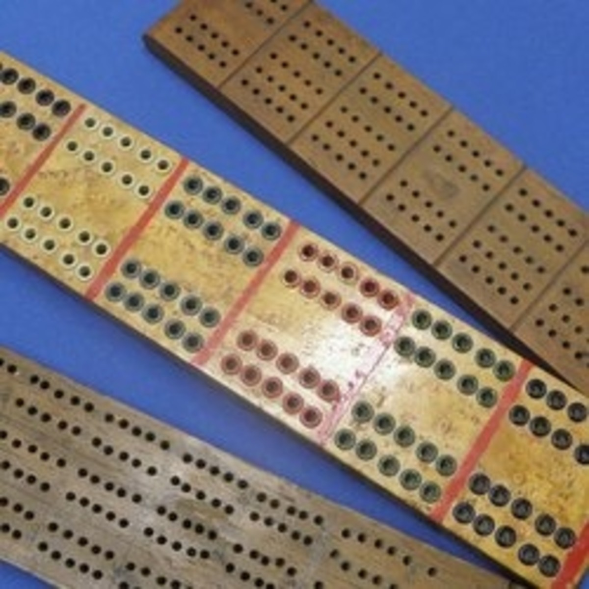 Vintage and Antique Cribbage Board Collecting