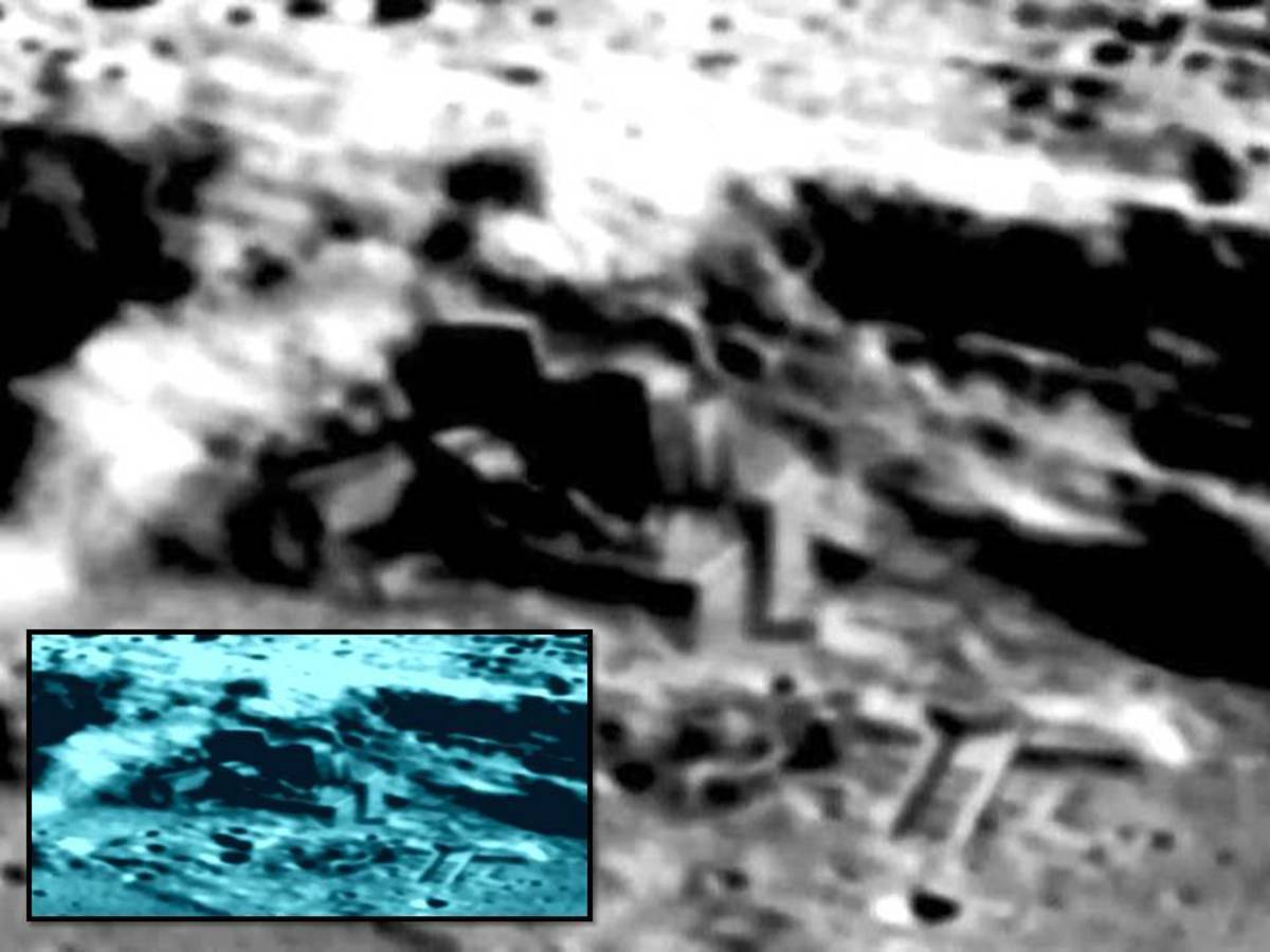 Aliens on Moon - Is There Really an Alien Moon base?