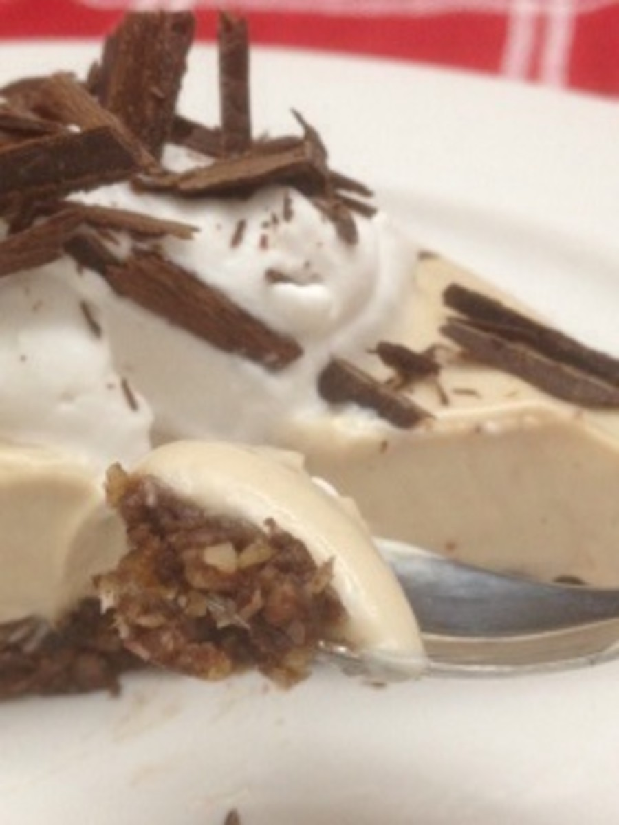The final product of my vegan peanut butter pie!