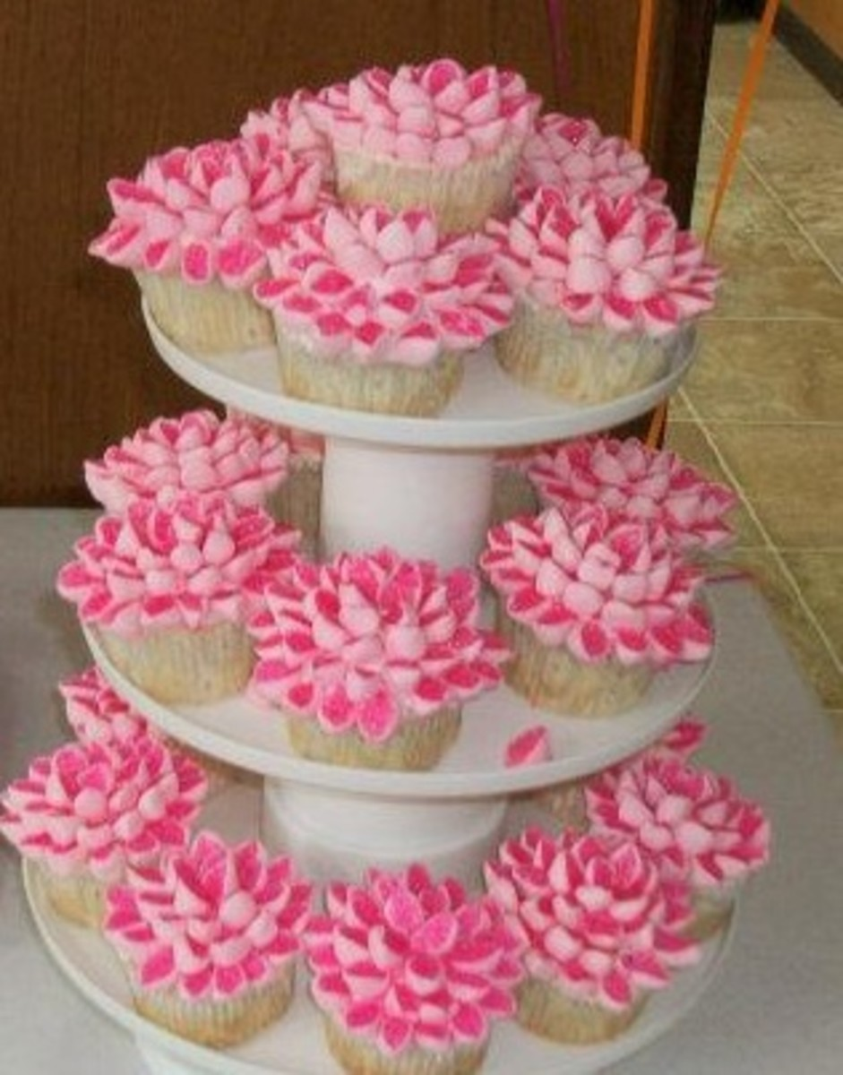 How To Make Fancy Flower Cupcakes With Marshmallow And Frosting