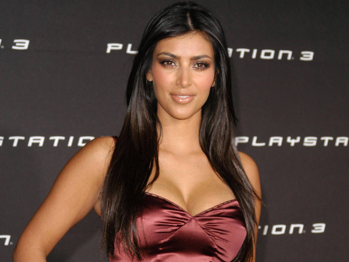 Kim Kardashian with Long, Straight Hair