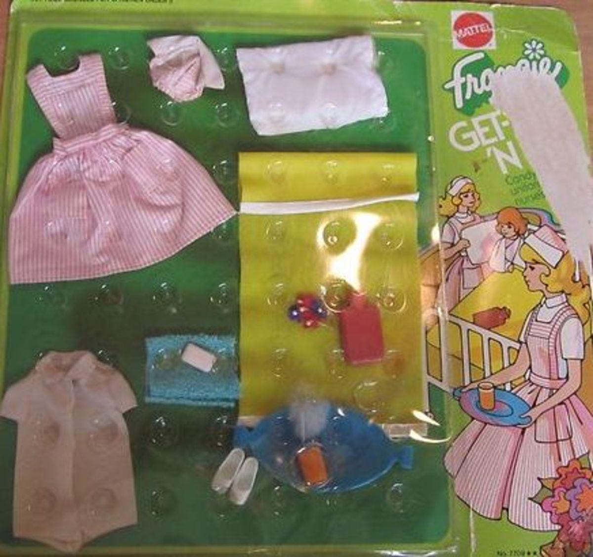 Francie Doll Get Ups 'N Go # 7709 - Candy Striper; 1973