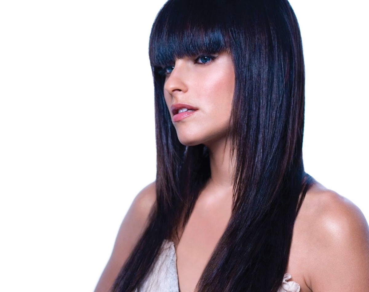 Nelly Furtado with Blue Black Hair