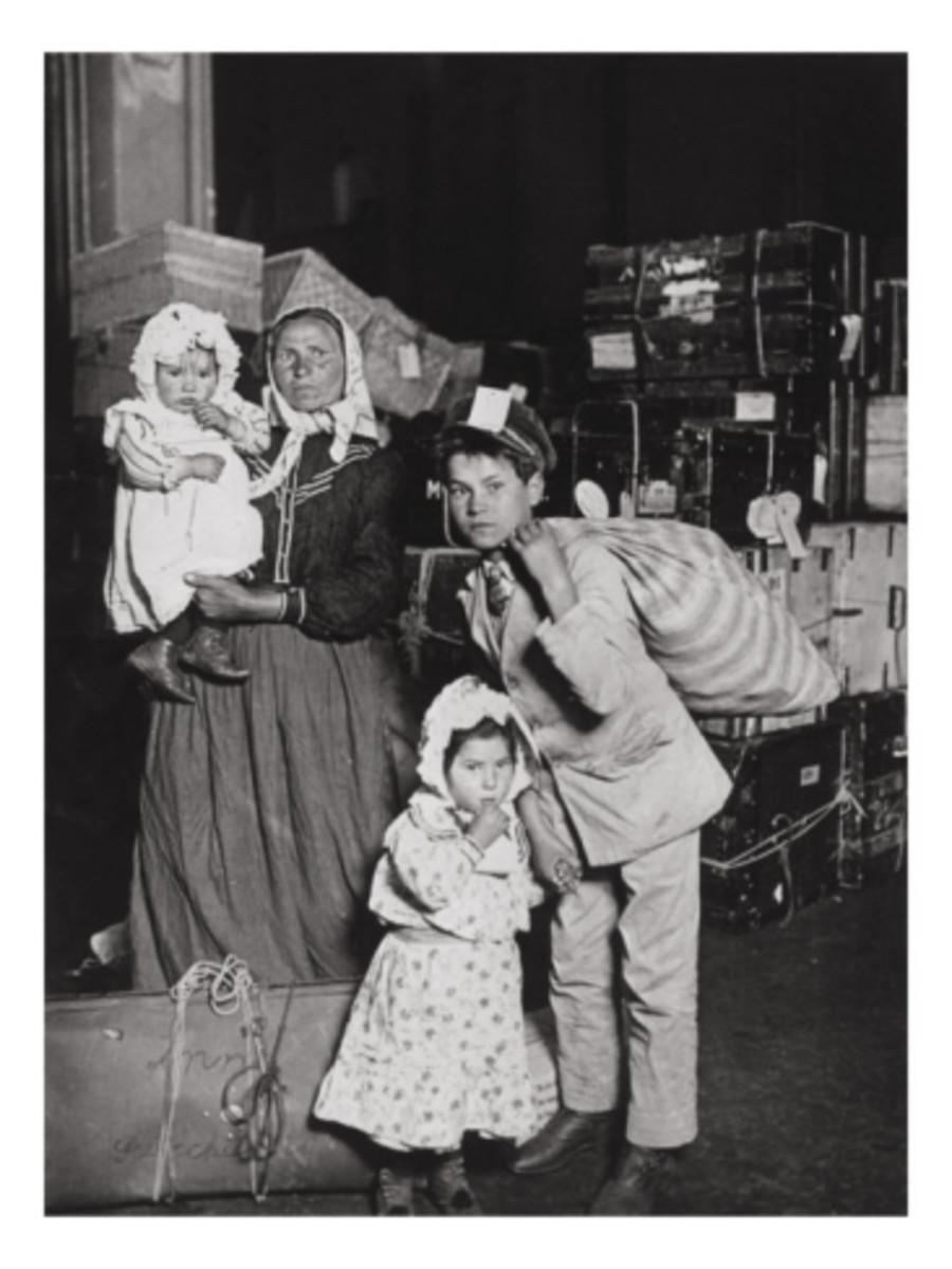 Italian immigrants arrive