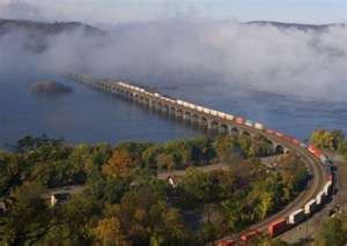 Image credit of Rockville Bridge: http://www.pbase.com/dsktc/image/41300423