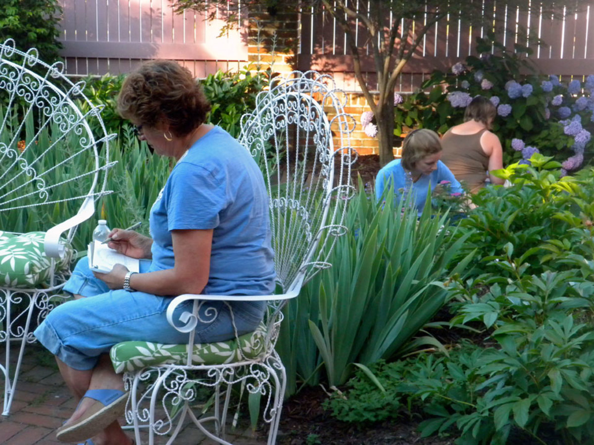 Students sketching in the garden at the Towers B & B workshop.
