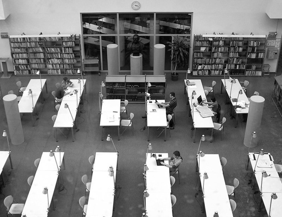 Library Etiquette: How to behave in public, university and college libraries