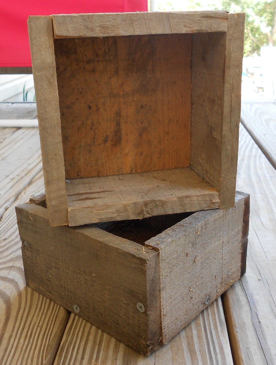 I started with these small five inch boxes.  My bird house design uses two boxes, a back board and a roof assembly.