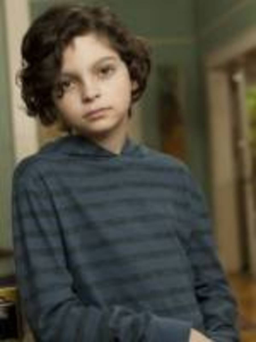 Max Burkholder as Max Braverman