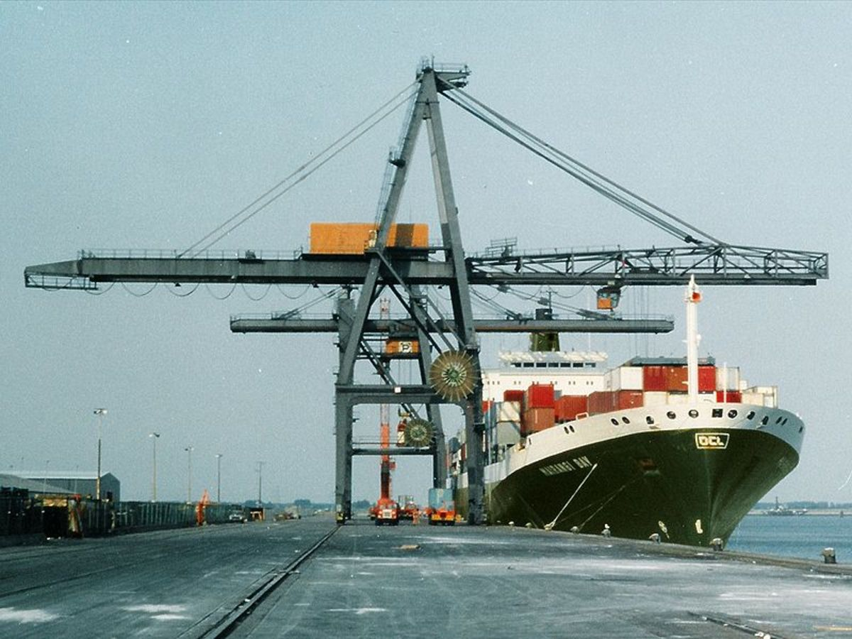 Large cranes are needed to load and unload container ships