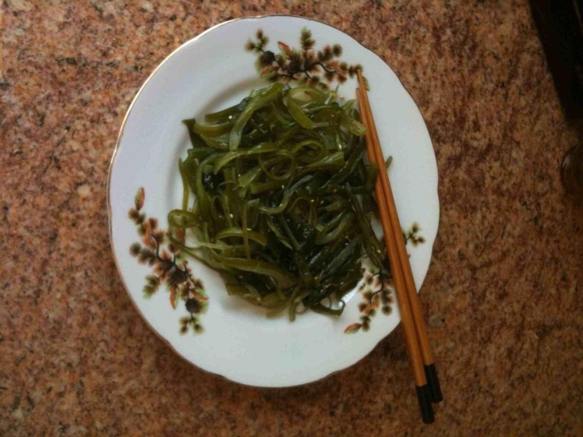Seaweed stem salad