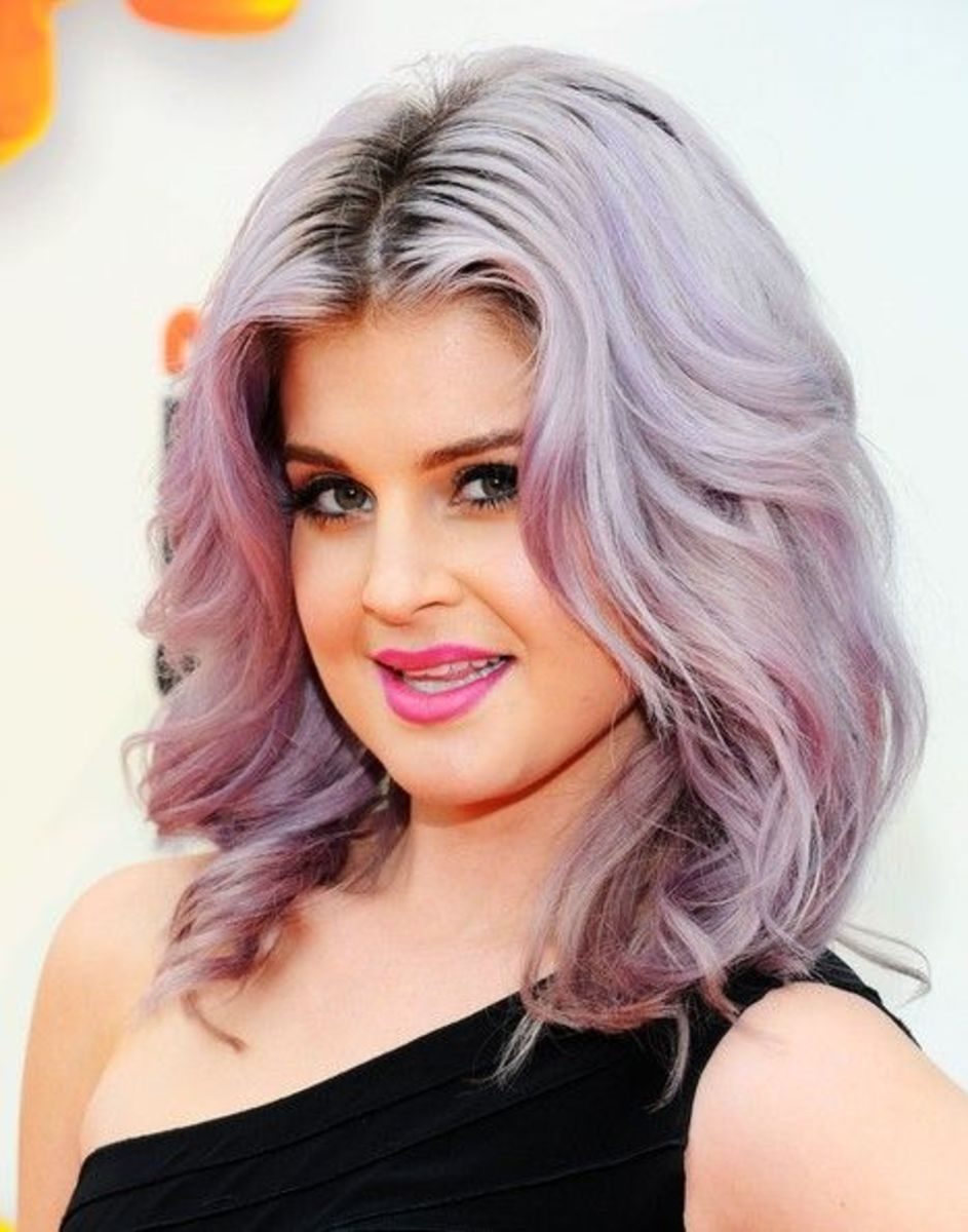 Kelly Osbourne purple hairdo.