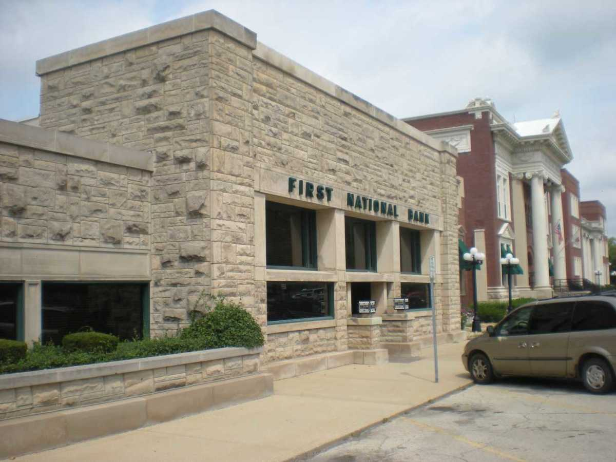 Frank Lloyd Wright's 1905 Frank L. Smith Bank building in Dwight, Illinois.