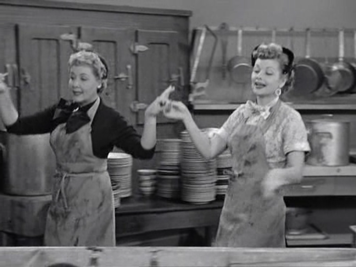 Lucy and Ethel cleaning!