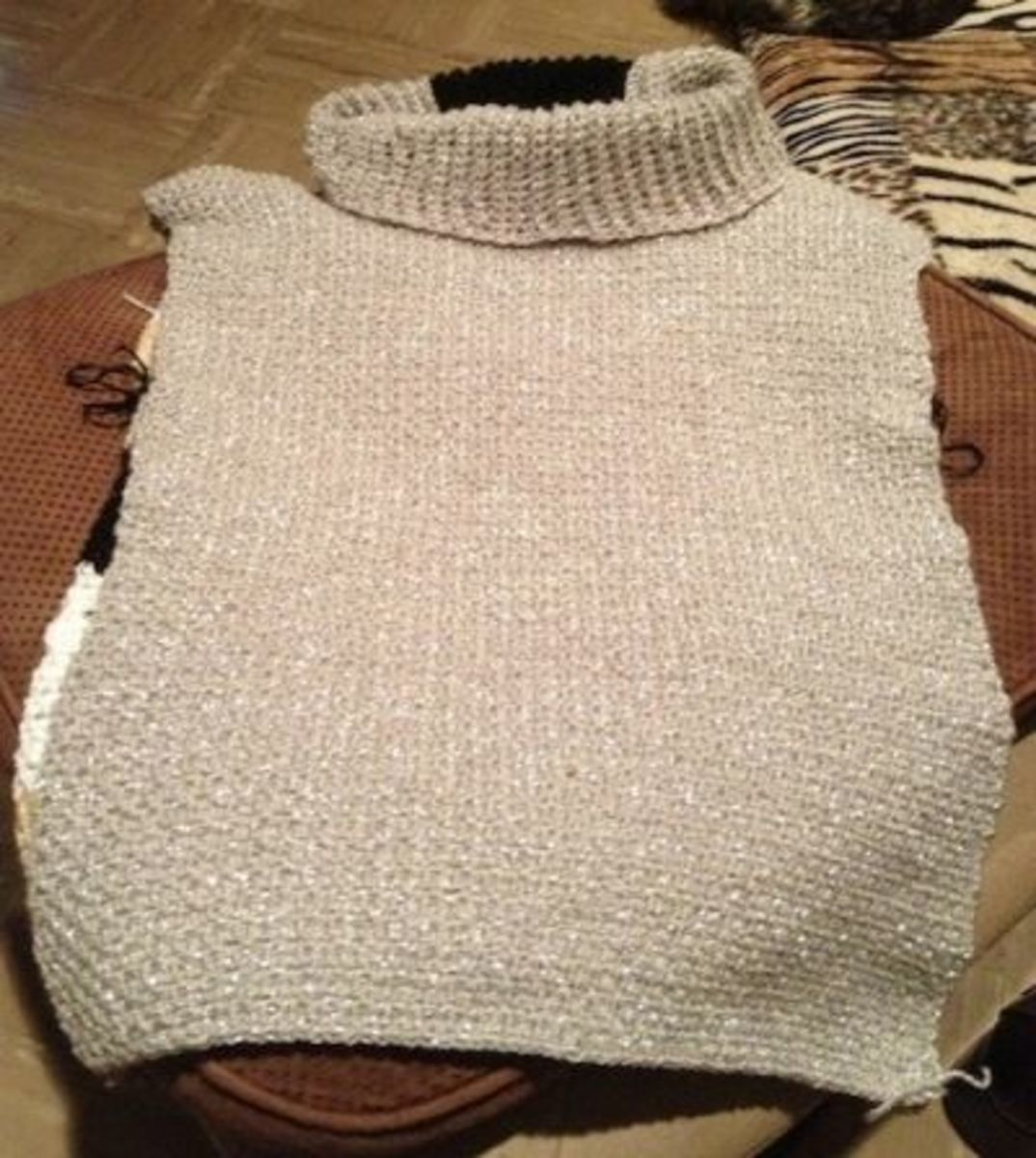 Free Knitting Patterns For Turtleneck Sweaters : Custom Fit Sleeveless Reversible Turtleneck Sweater - Free Crochet Pattern! ...