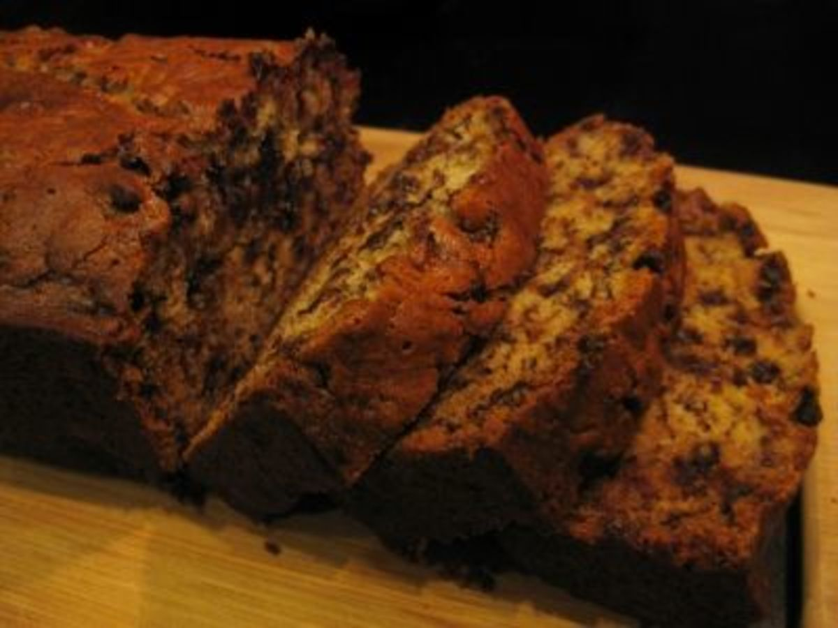 gooey chocolate chip banana bread