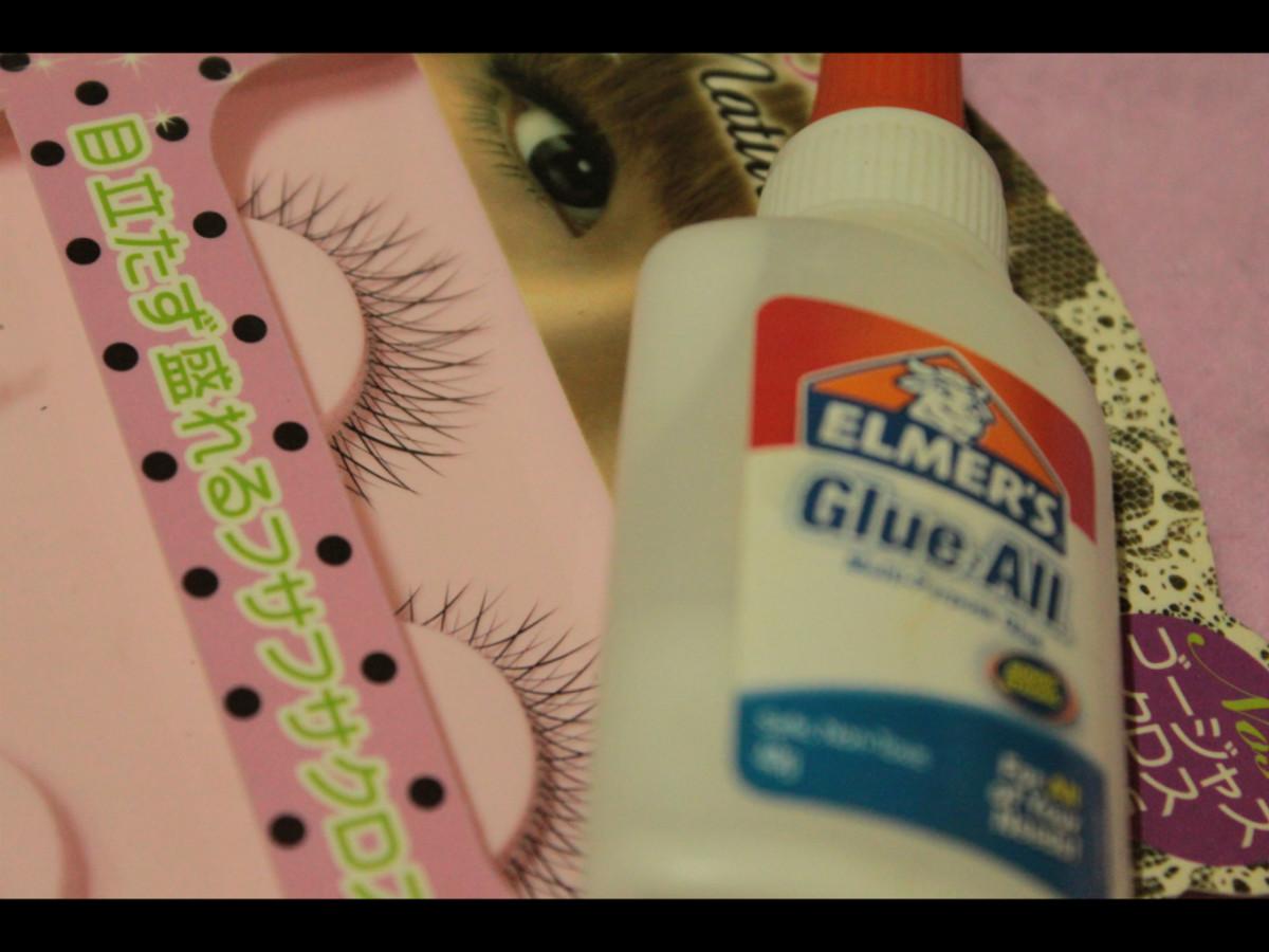 fake eyelashes and PVC glue
