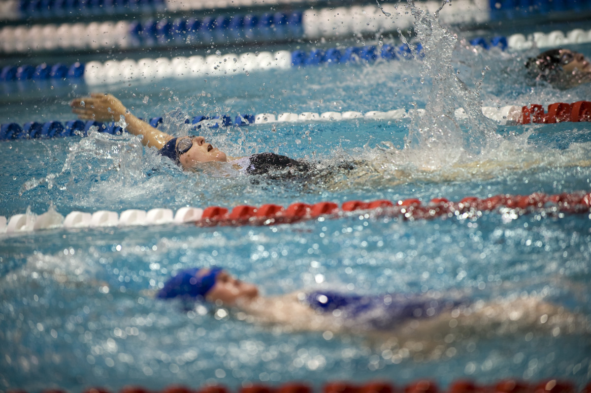 what-is-competitive-swimming