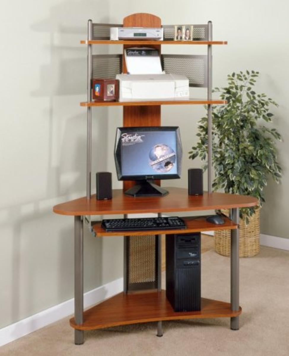 Corner computer desks for small spaces - Corner desk for small space ...