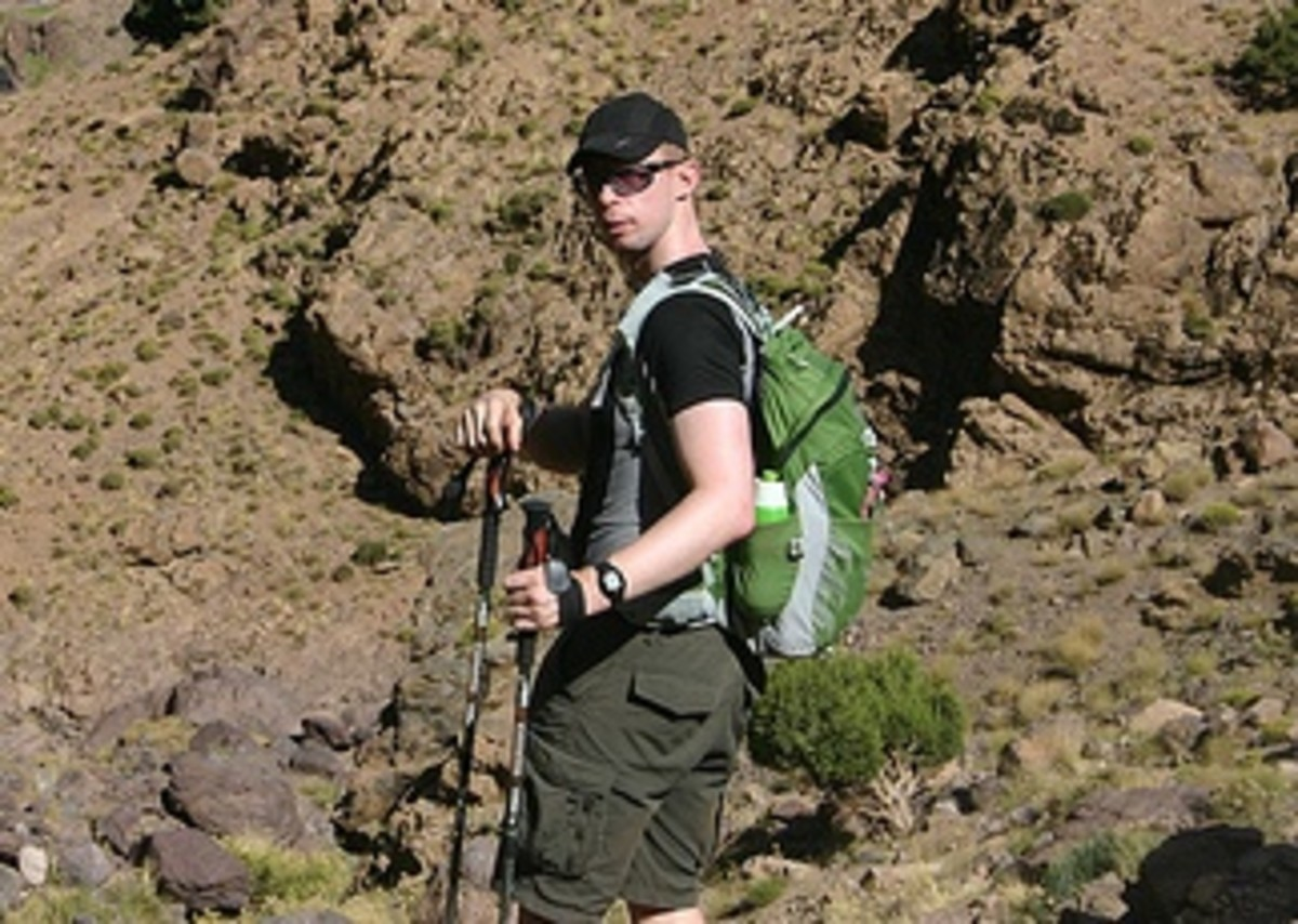 Using my Osprey Talon 22 Litre Backpack / Daypack whilst climbing out of the Azaden Valley in the Moroccan High Atlas