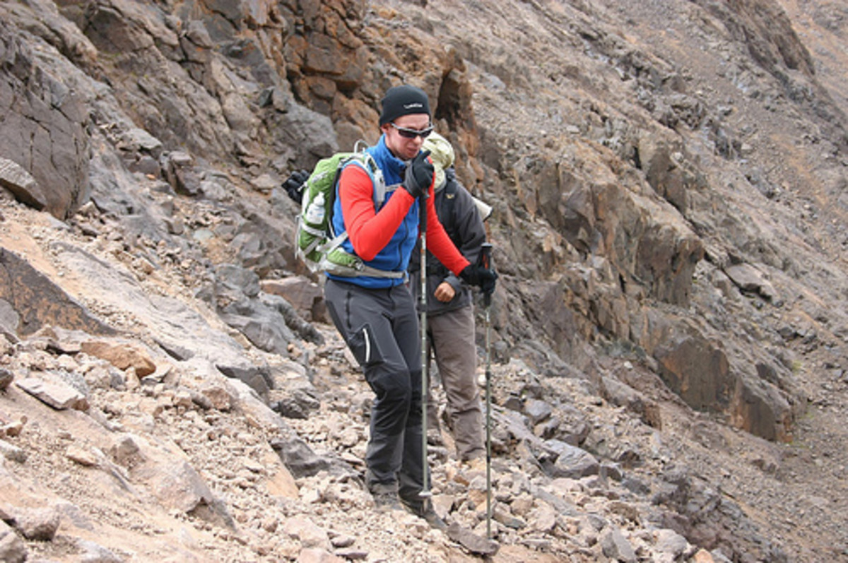 Climbing in comfort with my Talon 22 on my back on the final push from the Neltner Refuge up to the Jebel Toubkal summit as the air gets thinner
