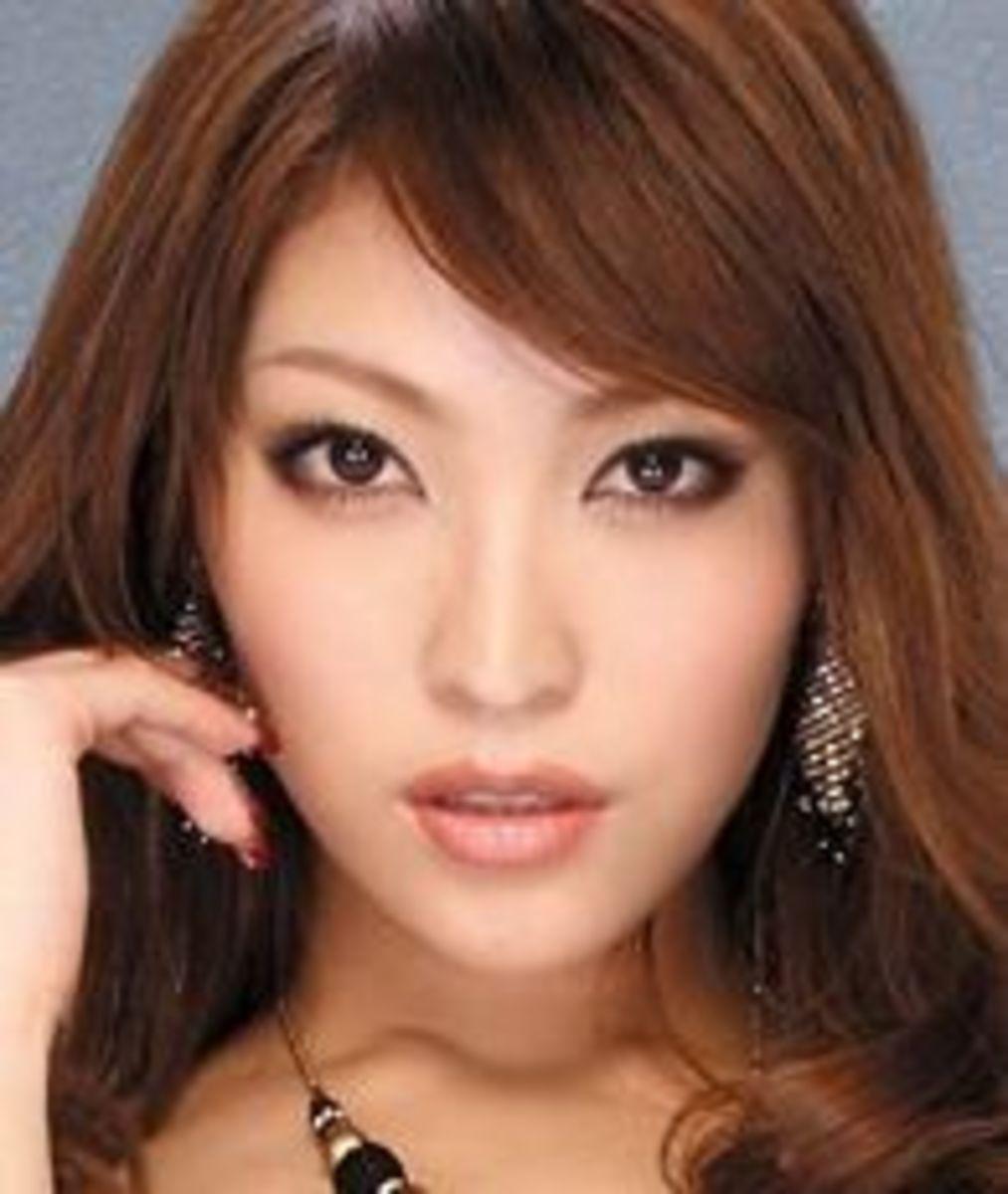 Kokomi Sakura, Japanese AV Best-Selling Actress