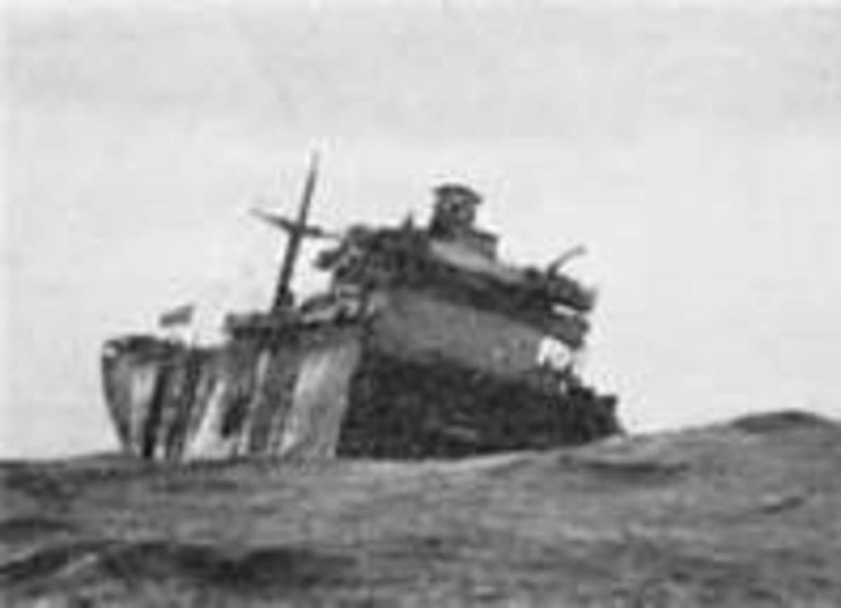 Unidentified Liberty ship breaks in half